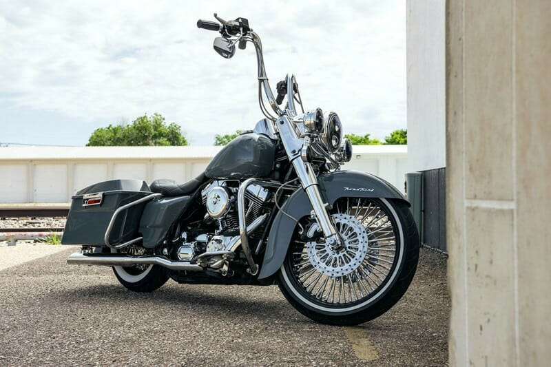 2001 Harley-Davidson® FLHRC/I Road King® Classic