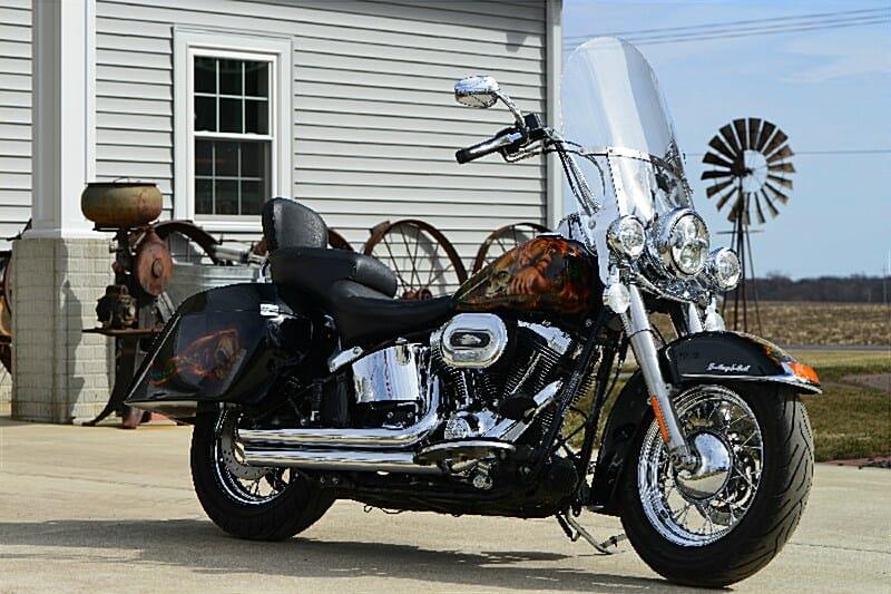 2011 Harley-Davidson® FLSTC Heritage Softail® Classic