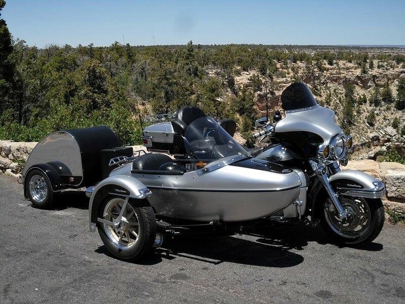 2003 Harley-Davidson® FLHTCU/I Ultra Classic® Electra Glide® w/ Sidecar